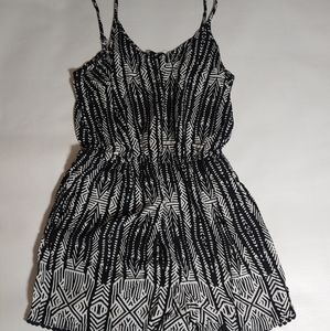 Mossimo Romper Size Large